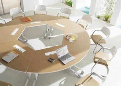 TANG : table de réunion multi-usage